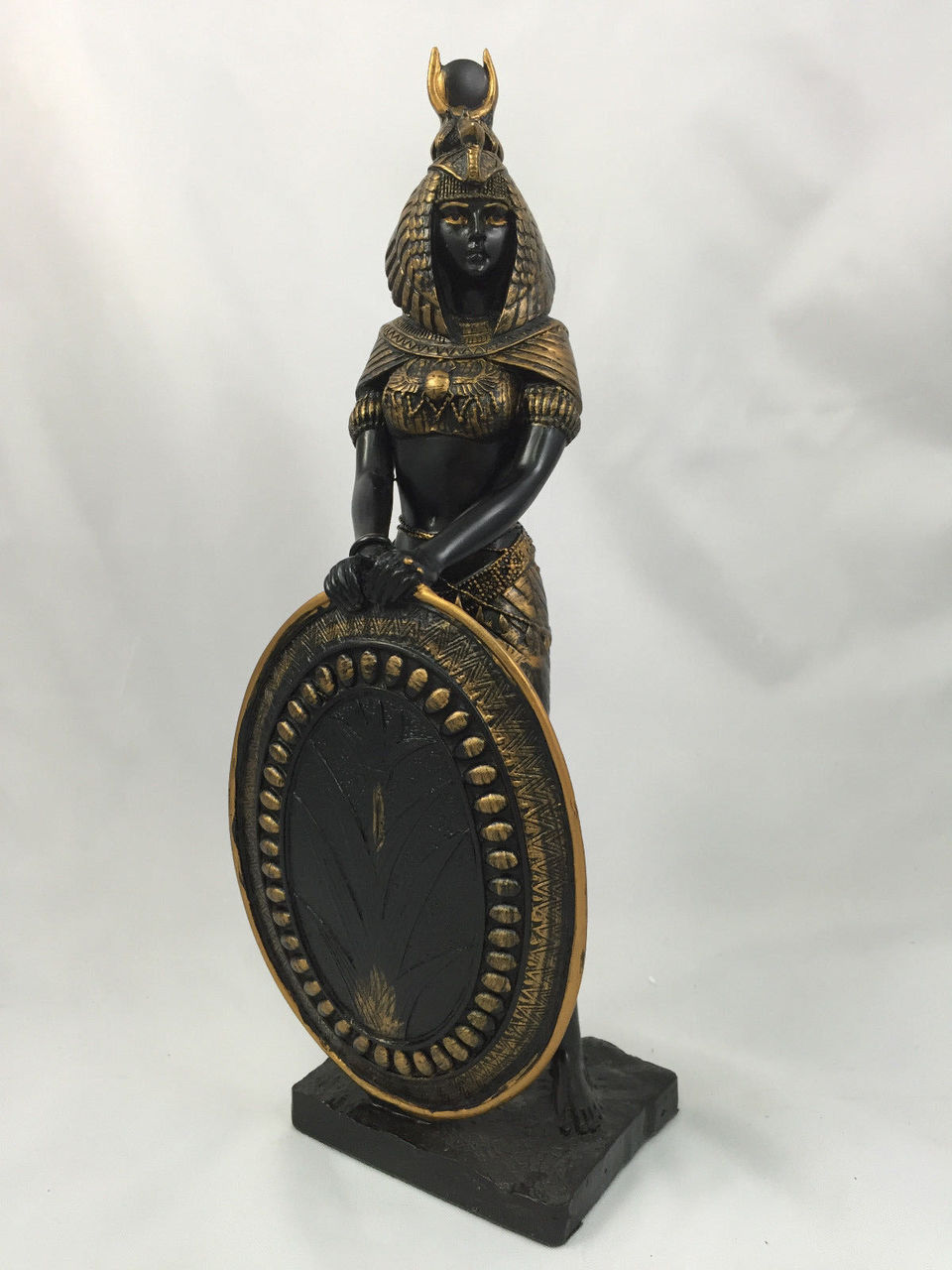 EGYPTIAN GODDESS ISIS FIGURINE 13